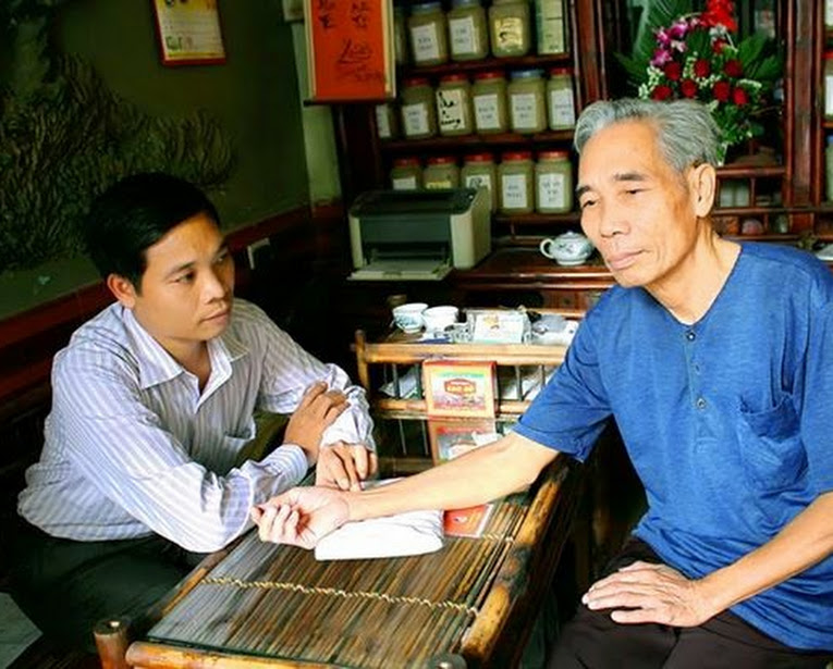 Nhà thuốc Đông y gia truyền Phạm Ngọc nơi đáng tin cậy điều trị bệnh thoái hóa khớp
